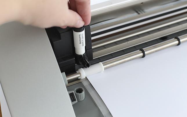 inserting sketch pens