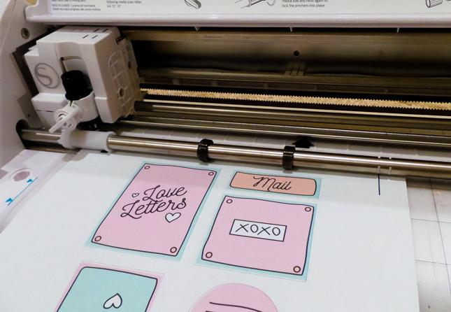 retro-valentine-mailbox-stickers