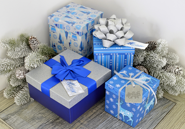 last-minute-gift-tags-with-the-mint-by-annie-williams-blue-packages-with-tags
