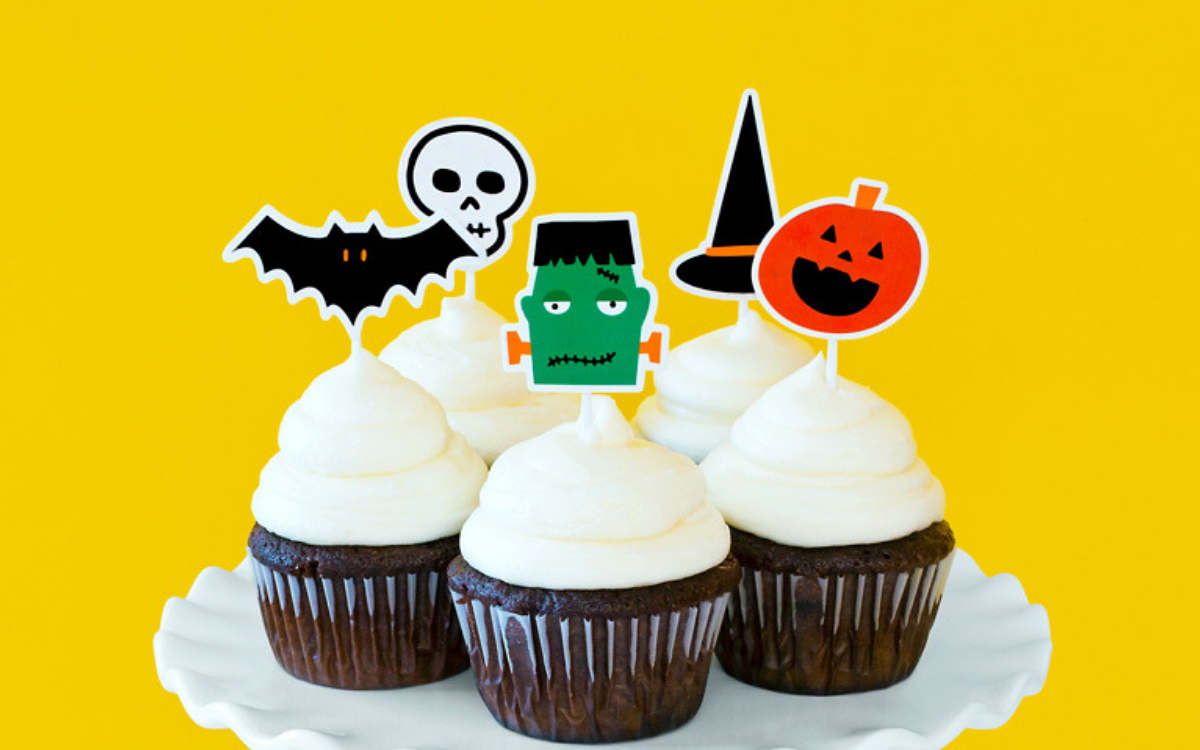 Featured Image for Shrink Plastic Cupcake Toppers (#118265)