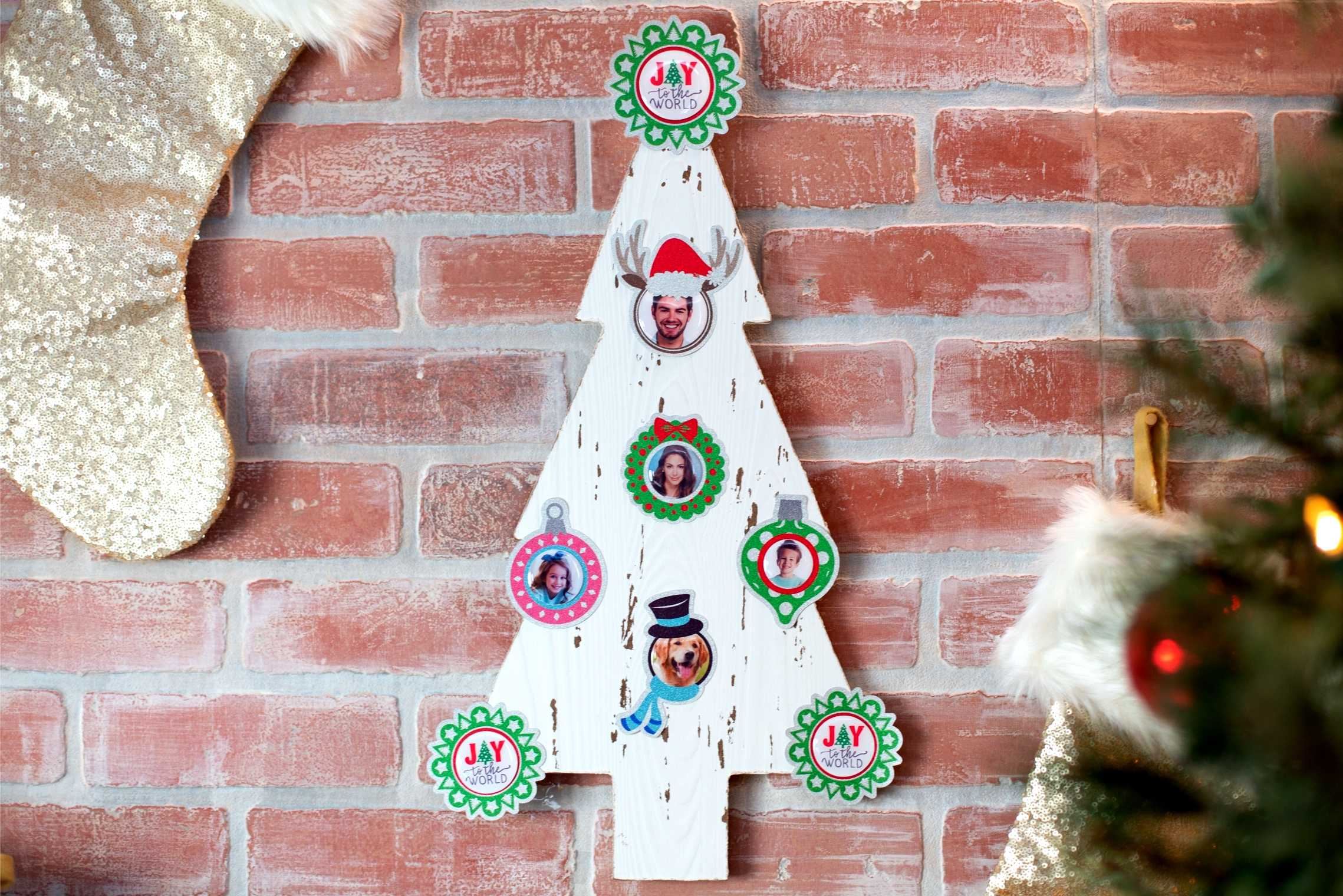 Featured Image for Christmas Tree with Doming Stickers (#119393)