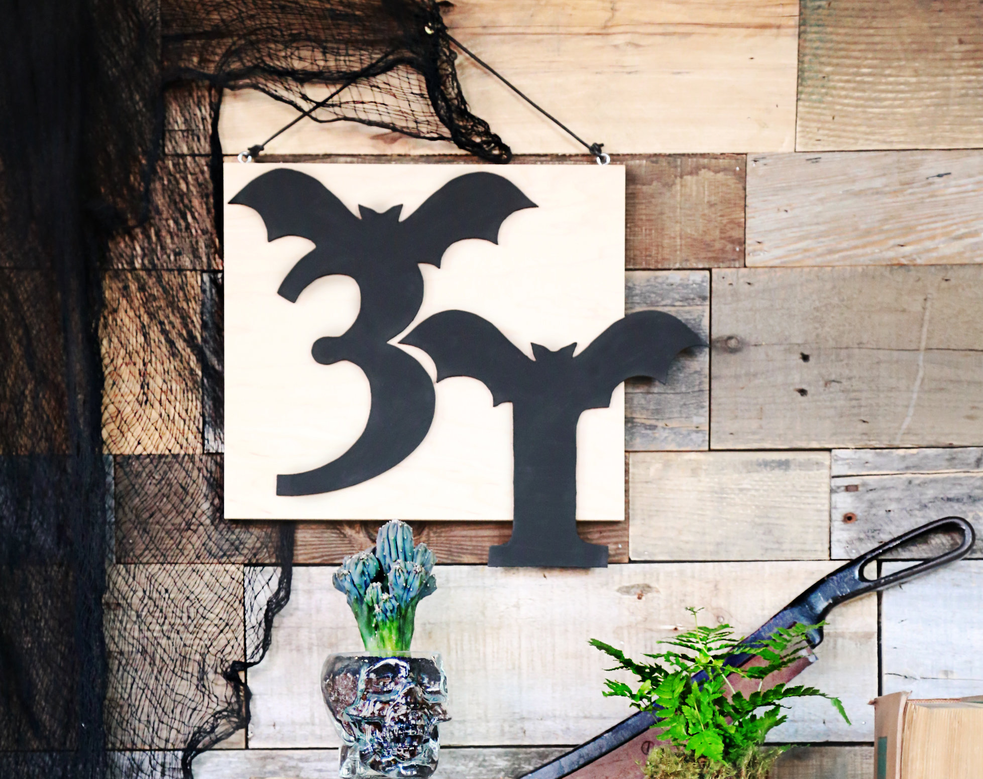 Featured Image for Halloween Stencil Using Silhouette Chipboard (#40914)