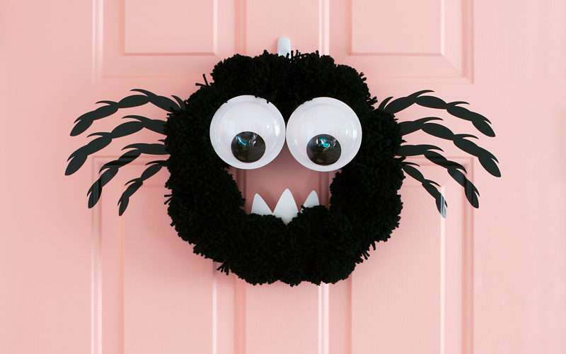 Featured Image for DIY Spider Wreath (#104943)