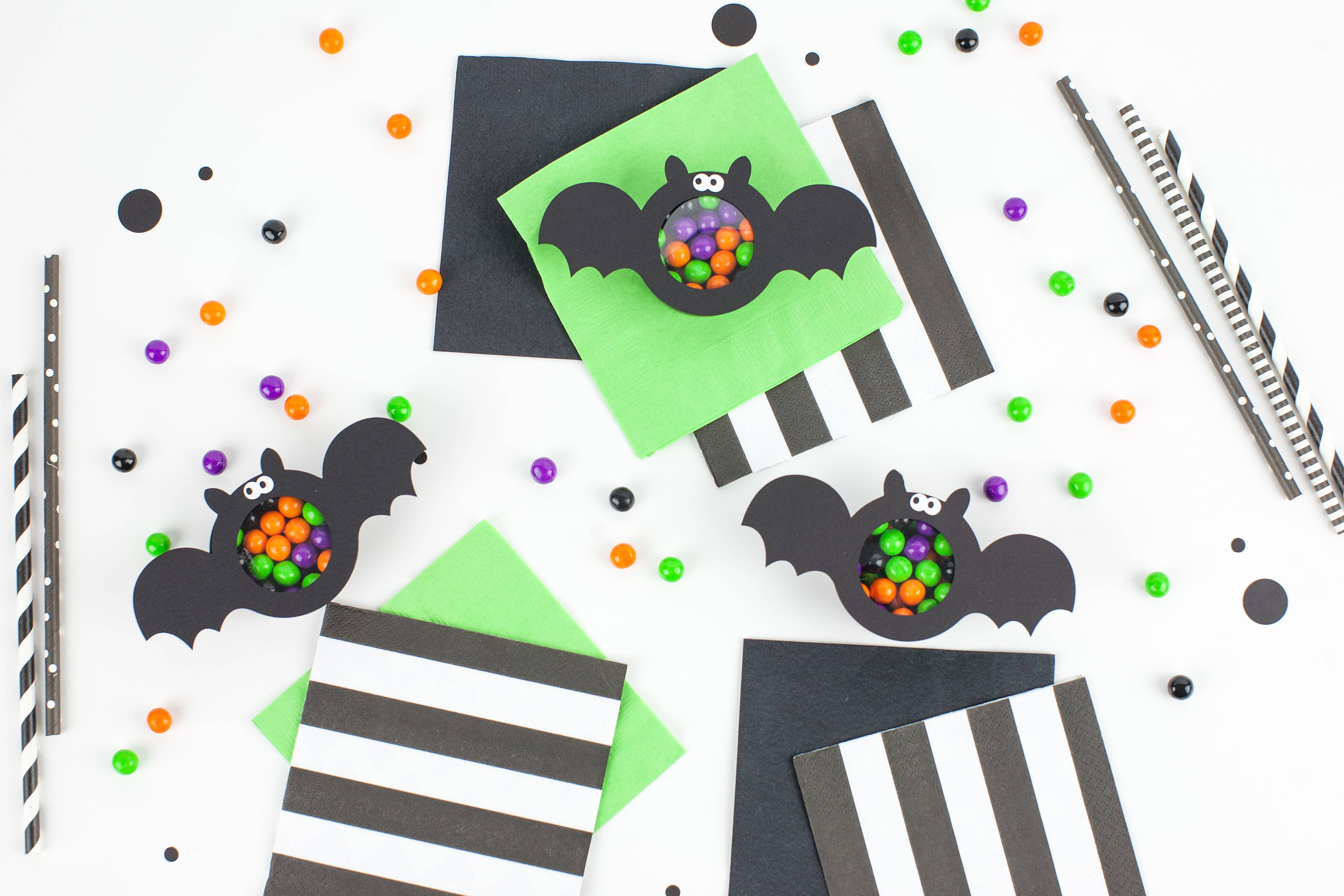 Featured Image for Candy Tummy Bats (#105279)