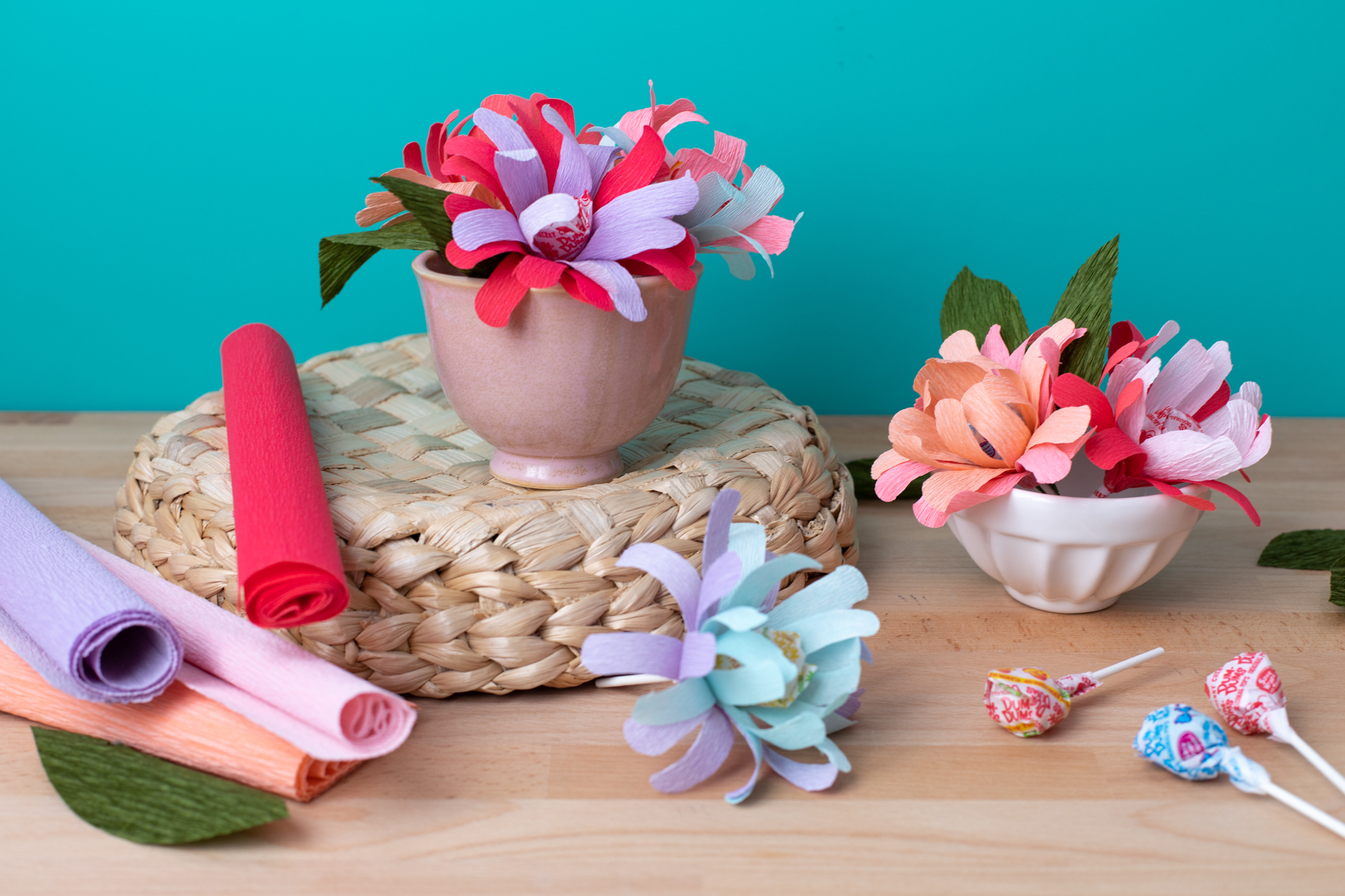 Featured Image for Crepe Paper Flower Pops (#126260)